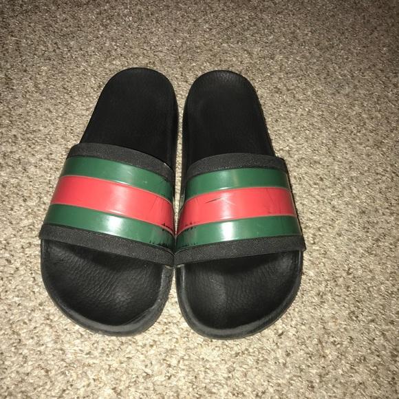 8446b76f361 Gucci Shoes - Gucci rubber slide sandal women s 9
